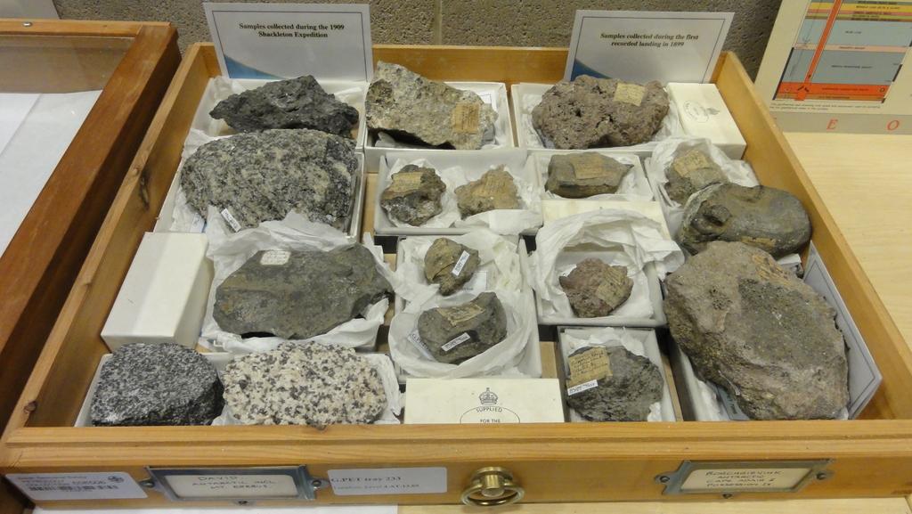 space academy 2011: BGS Shackleton rocks