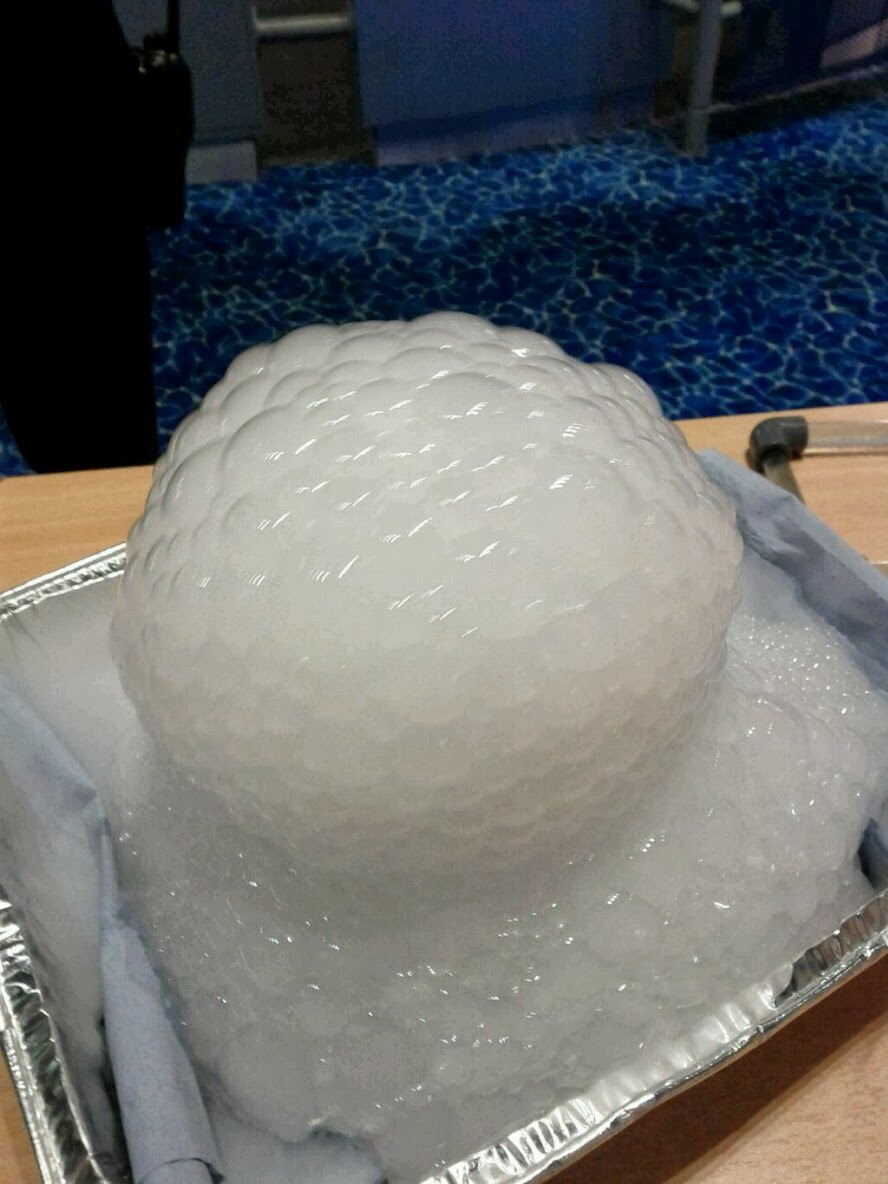 Outreach to support live link up to ISS: bubble experiments